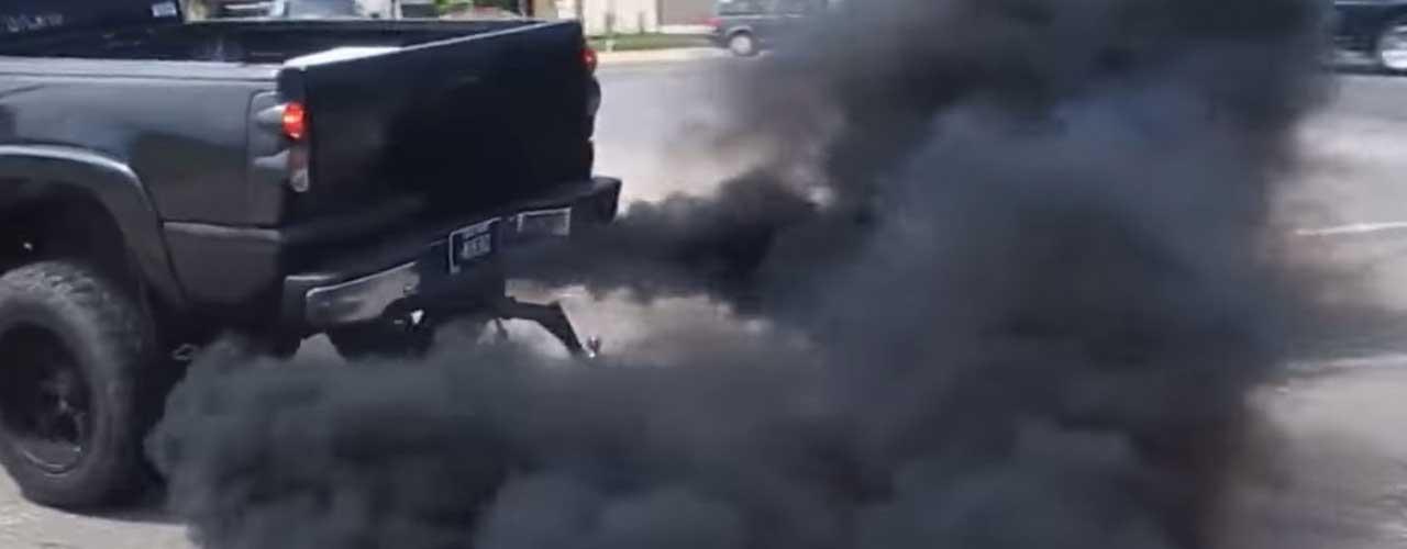 Exhaust-Pipe-Producing-Black-Smoke